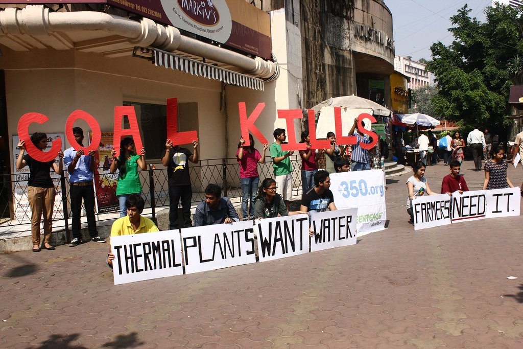 "A greenpeace protest at Churchgate carries the message for maharashtra's deaf government - ""Thermal Plants want water, farmers need it"""