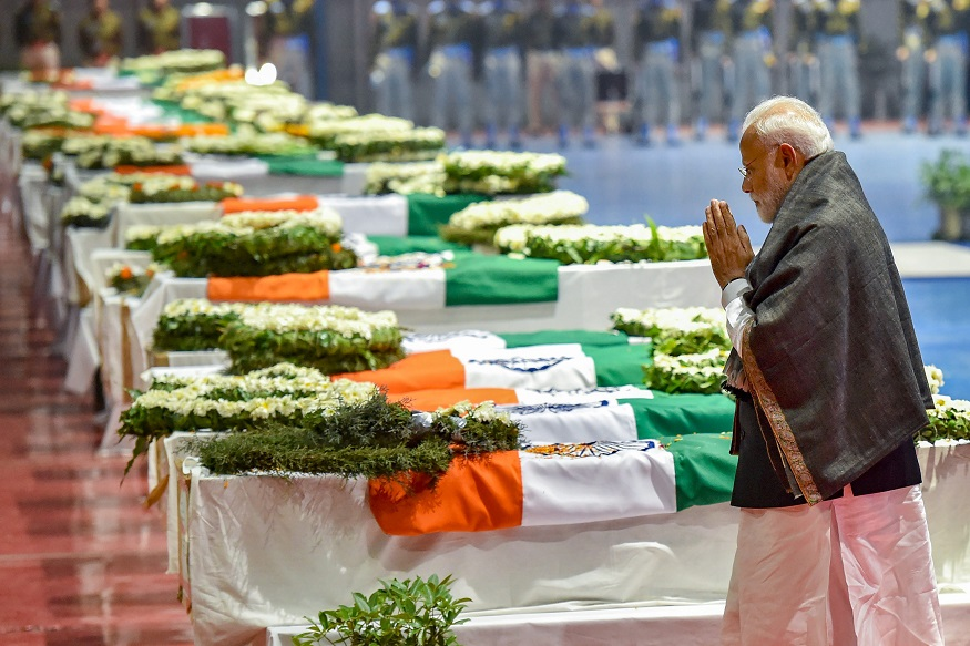 PM Modi CRPF wreath laying