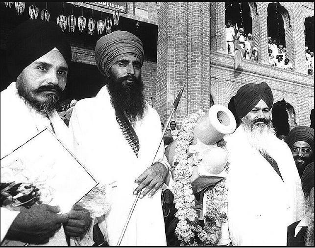 Sant Jarnail Singh Bhindranwale and Sant Harcharan Singh Longowal