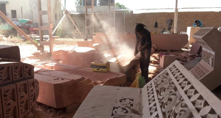 stone carving silicosis
